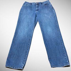 Gloria Vanderbilt High Waisted Mom Jeans S…